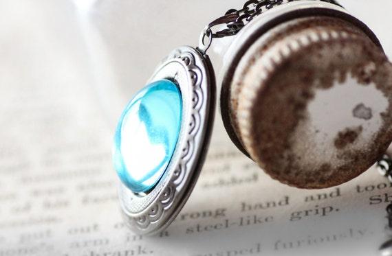 Locket Aquamarine March Birthstone Locket Vintage Swarovski Crystal Antique Silver Lockets with Rolo Gunmetal Chain - Daenerys