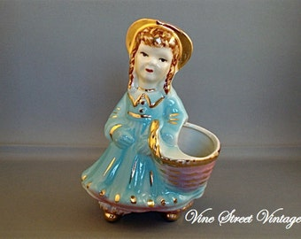 Vintage Colonial Girl Planter