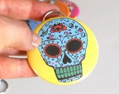 Sugar Skull Bottle Opener key chain in yellow or custom colors, Can be Customized, Made To Order, Wedding or Party Favor, Beer Accessory