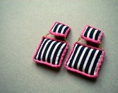 Striped square earrings