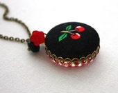 Cherries Two Sided Necklace : Going on a Picnic Red and White Gingham Necklace