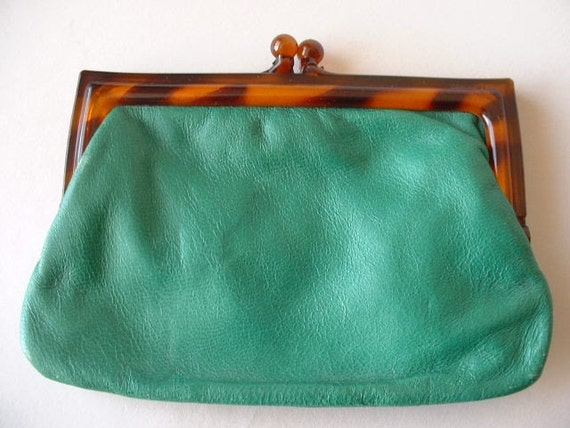VINTAGE STERN MADE IN ITALY GREEN COIN CLUTCH PURSE
