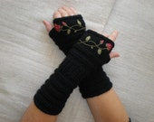 Fall gloves - winter gloves - rose arm warmers - black wrist warmers - Fingerless gloves - Floral gloves - Hand knit mittens with roses