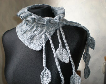 Handknitted light grey neckwarmer scarflette