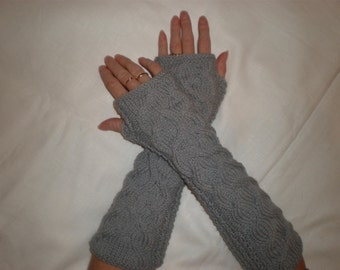 Hand-knitted women light grey wrist warmers with cables (extra long)