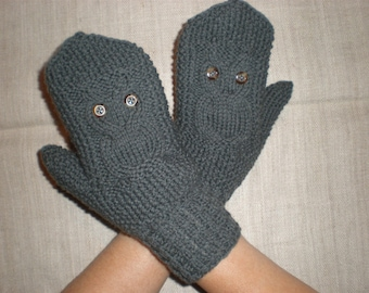 Hand-knitted dark grey color women gloves with knitted owl