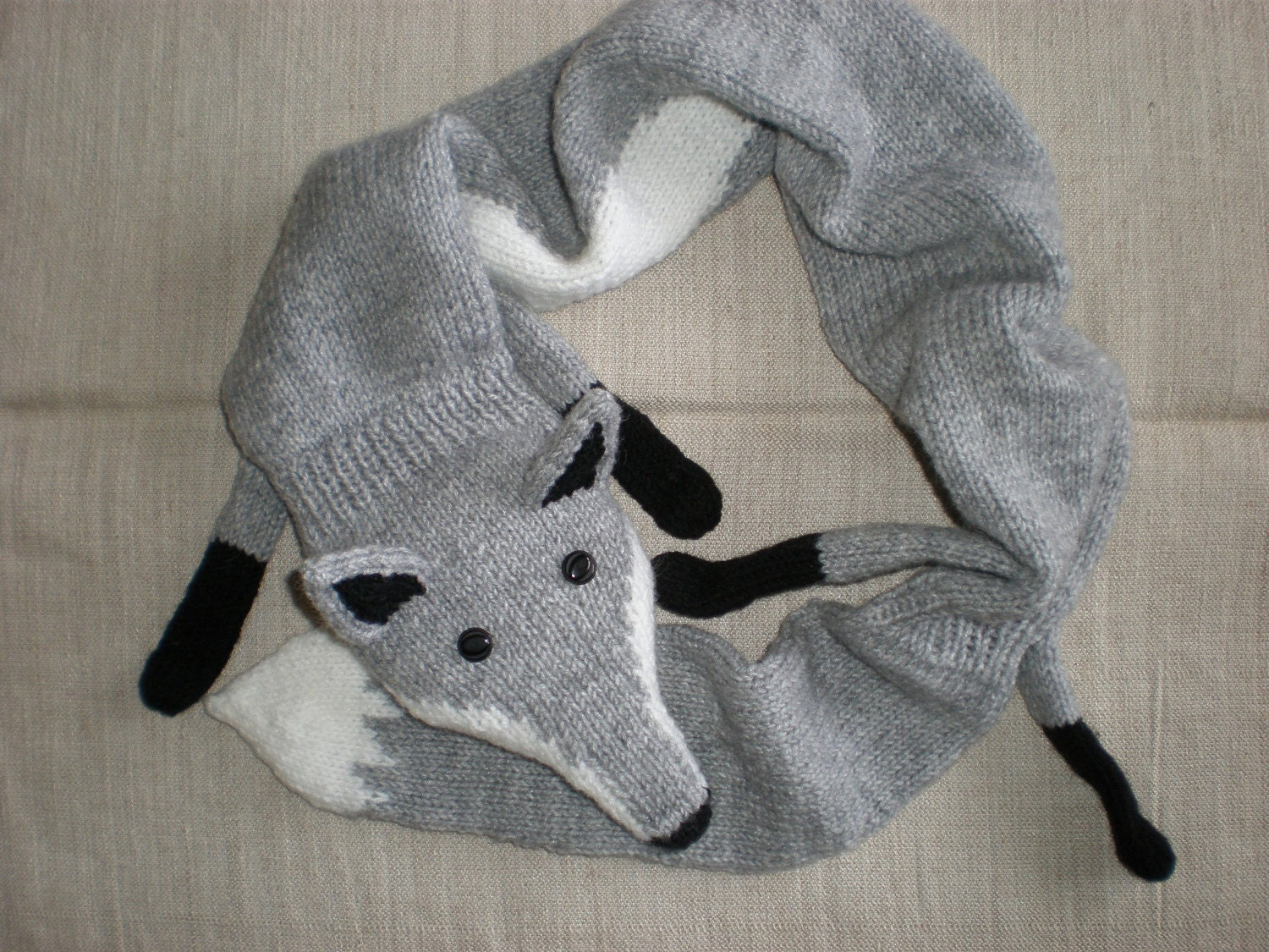 Knitting Pattern Fox Scarf : Hand-knitted light grey fox scarf