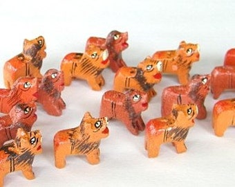 wooden lion beads - twenty (20) brown/tawny lions