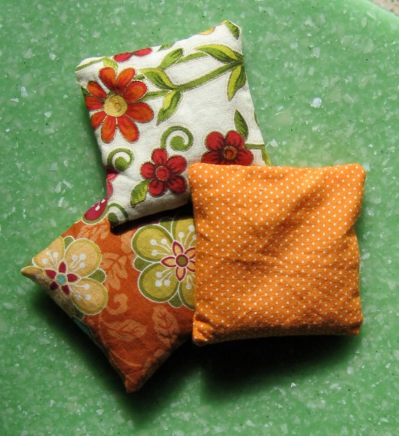 Mini Scented bean bag Hot/cold Packs for circle time,  hot rocks - camomile and lavender