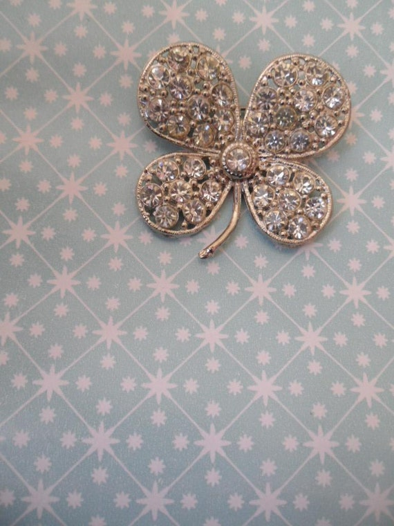 1960s FOUR LEAF CLOVER Brooch Free Shipping