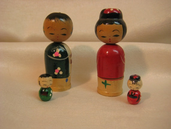 2 Antique Vintage Japanese Wooden Bobblehead Kokeshi Nesting Nodders  Mom Dad and Babies