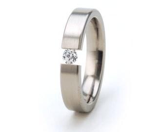New 4mm Titanium Tension Set Ring: 4F-B-tens- white saphire