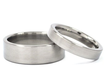 New His And Hers Wedding Band Set - Titanium Rings Matching Wedding Bands : 7F-B.4F-B
