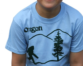 Bigfoot| sasquatch| Youth T Shirt| Oregon state tees| Finding bigfoot| Animal| Pacific northwest| Travel tee| Destination tee.