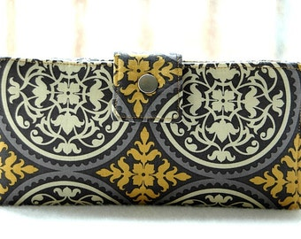 Handmade wallet all vegan and handmade in gold medallions