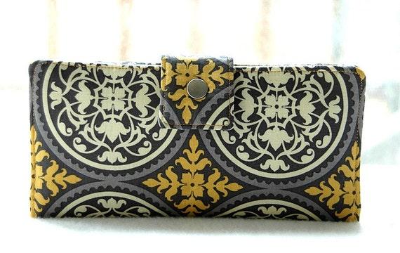 Handmade wallet all vegan and handmade in gold medallions