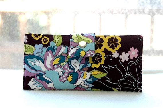 Handmade womens wallet   Handmade wallet vegan bifold womens clutch in purple floral