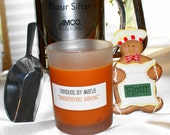 CLEARANCE - GINGERBREAD BAKING - all natural SOY wax candle in 6oz frosted round jar (Holiday Scent)
