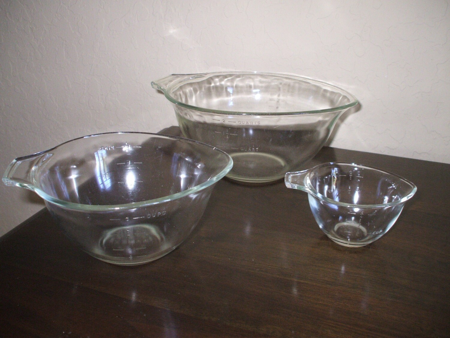 Dating pyrex measuring cups