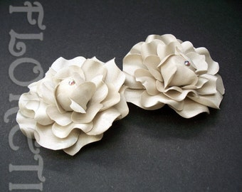 Audrey Gardenia Shoe Clips Accessories in Seashell Beige