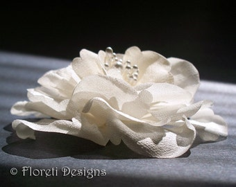 Ivory LaLuna Magnolia Silk Flower Bridal Hair Accessory -Ready Made