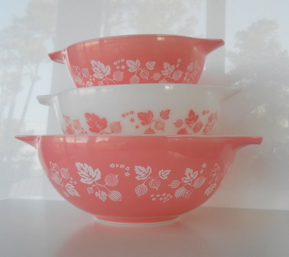 Vintage Pyrex Pink Gooseberry Cinderella Mixing Bowl Set of Three