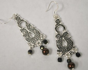 WINE PEARL AND Black Crystal Chandelier Earrings