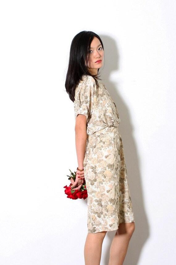 Rose Love. Vintage 80s Batwing dress