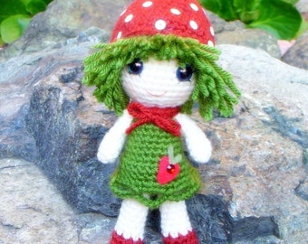 Amigurumi - Strawberry Qtie - Crochet Amigurumi doll pattern / PDF