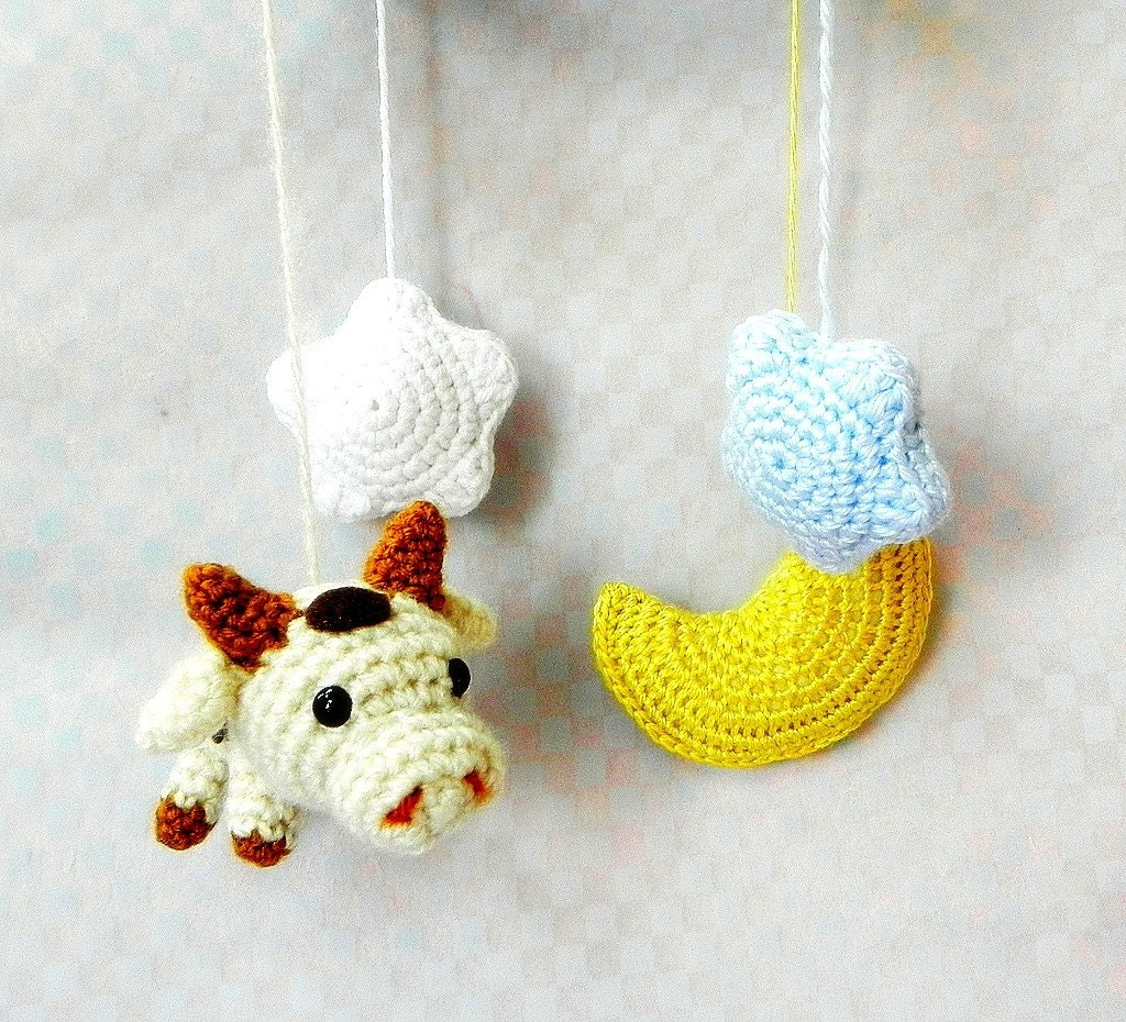 Amigurumi Moon Pattern : Cow N Moon Crochet Amigurumi Mobile pattern / PDF