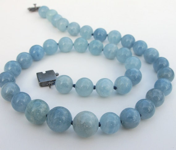 Blue Aquamarine Beryl Classic Hand Knotted Necklace Sterling Clasp