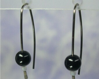 Niobium earrings: Marquise with Swarovski 6mm faux pearls in Mystic Black