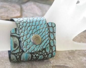 Wide Alligator Leather Cuff Turquoise Blue Unisex