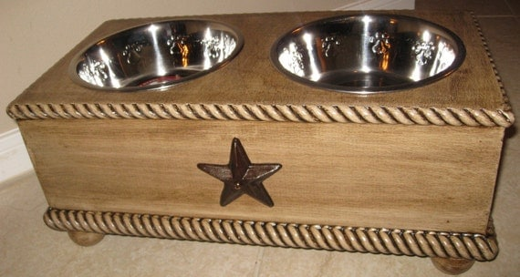 Reserved for Nicole!!!    Texas Lone Star custom made distressed wood Pet Dog Elevated food Bowl Feeder