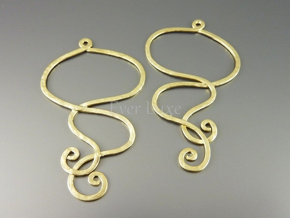 1153-MG (2 pcs) Matte gold plated hammered wire pendants