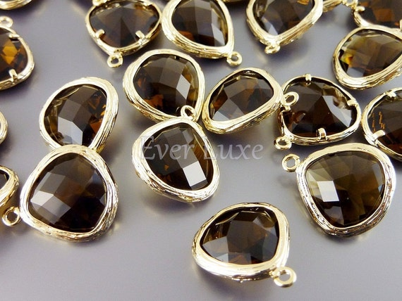 5058G-SQ (2 pcs) Smoky Quartz / Gold Faceted teardrop glass pendants