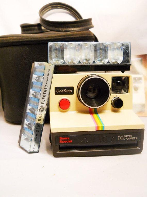 Vintage Polaroid OneStepSX-70 Land Camera Rainbow Sears Special