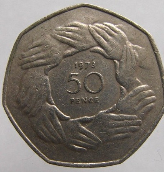 1973 BRITISH ELIZABETH II FIFTY PENCE NICKEL COIN