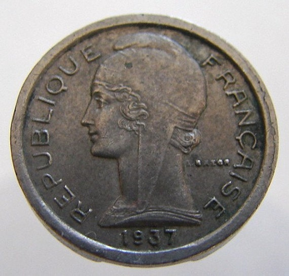 FRANCE TELEPHONE TOKEN Vintage over 70 years old 1937 Public Telephone Copper Nickel Token
