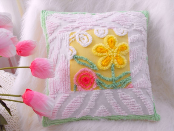 ABSOLUTELY ADORABLE Vintage Chenille Patchwork Throw Pillow