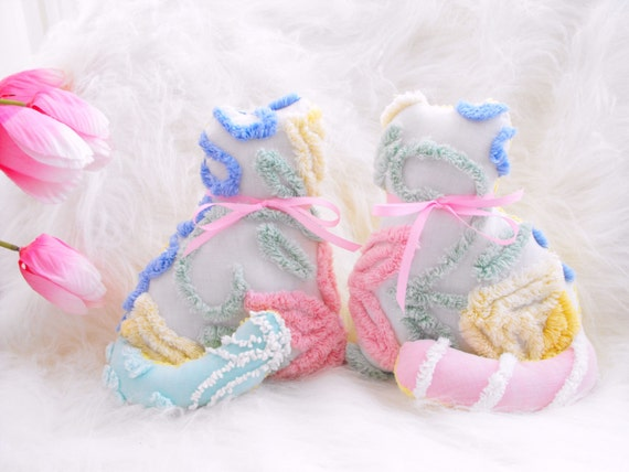 CUTEST SET OF Vintage Chenille Kitten Pillows With Pink Ribbon Bows