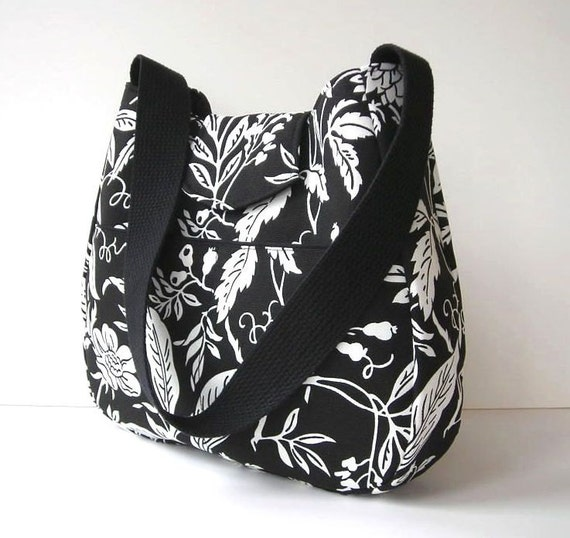 Black and White Shoulder Bag Purse Hobo Outside Pockets