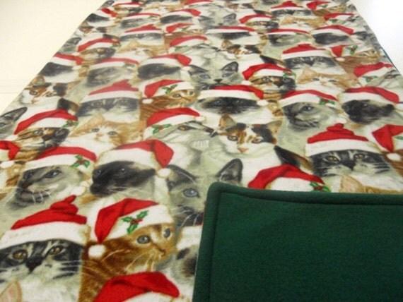 Christmas Cats with Santa Hats Fleece Blanket