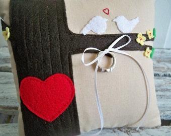 Love Birds Primitive Faux Bois Style Wedding Ring Bearer Pillow