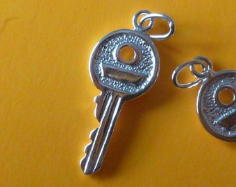 2 pcs - 1 pair 25 mm sterling silver key pendant charm