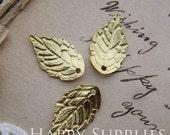 8Pcs  18x11mm Raw Brass Jewelry Leaf Charm / Pendant (GG140)