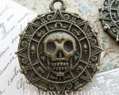 10Pcs Nickel Free - High Quality Antique Bronze Caribbean Pirate Gold Coin / Aztec Gold Coin Pendants(GG0057C)