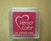 VersaColor Pigment Ink Pad Small in Opera Pink - Magenta Inkpad - Ink for stamp - Inkpad for Rubber Stamp - Versa Color - Colour Ink Pad