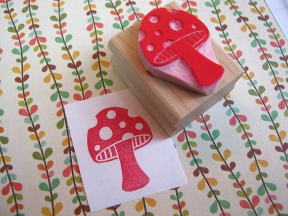 Spotty Toadstool Hand carved rubber stamp - Nature Lover Gift - Mushroom Stamper- Spots - Autumn - Woodland - Magic Mushroom - Funghi