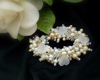 Champagne and Roses Bracelet of Pearls and Frosted Roses